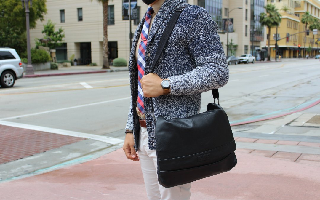 10 Essentials to Pack in Your Man Bag